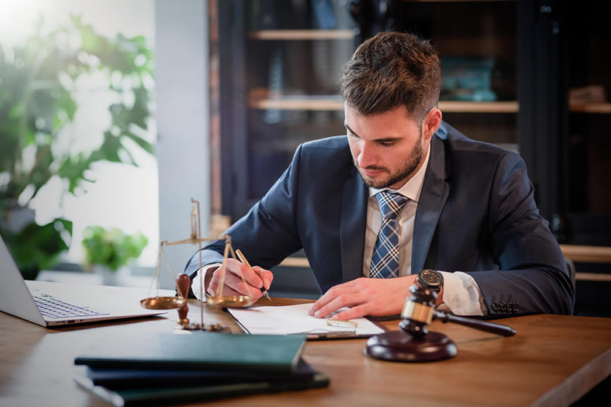 Reasons Why You Need a Real Estate Closing Attorney