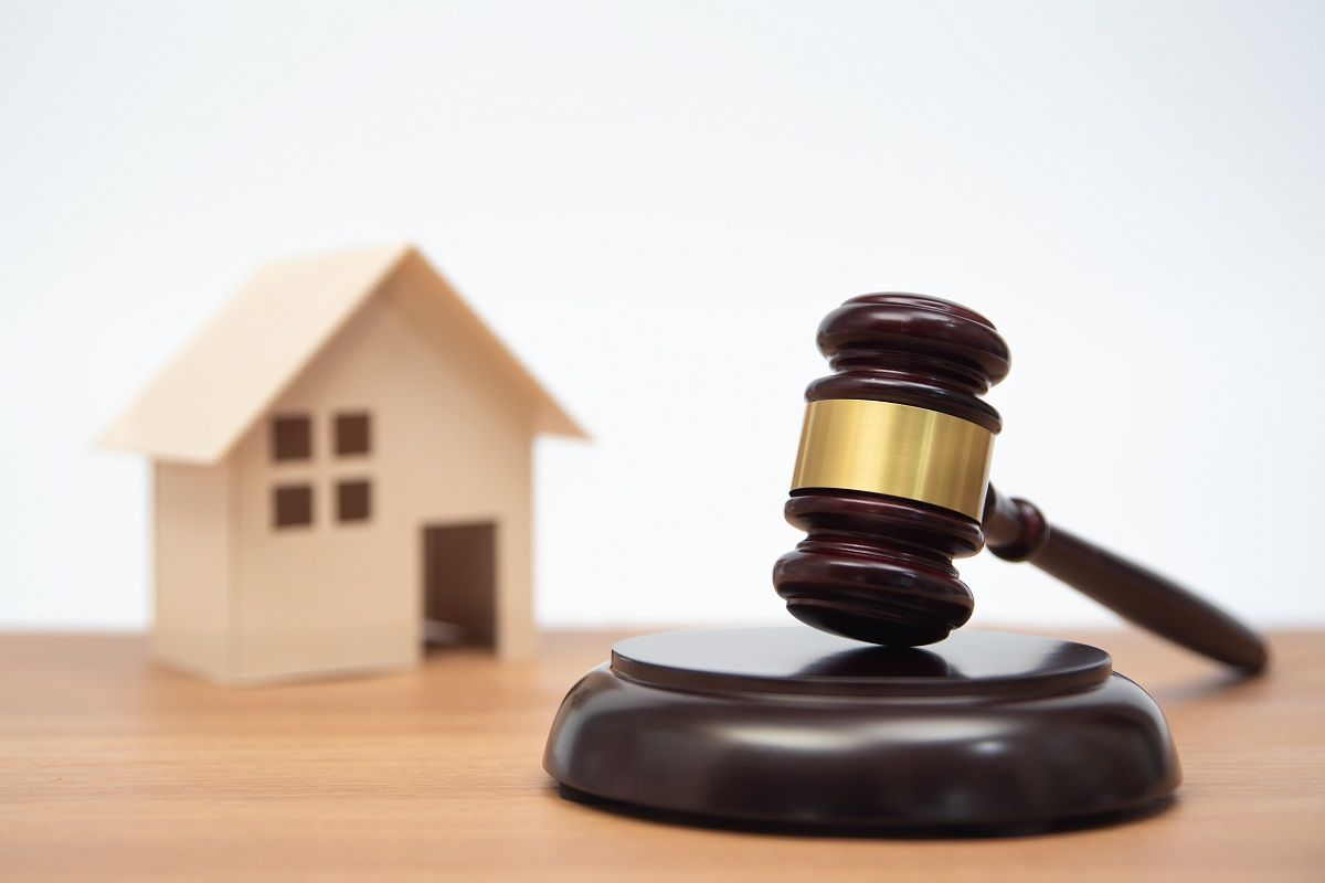 Why You Need a Real Estate Closing Attorney in Miami, FL